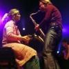 Harold Mingels speelt voor een fan, 18-4-2002 Amsterdam, HMH Laatste concert Volumia!.Kim en Harold